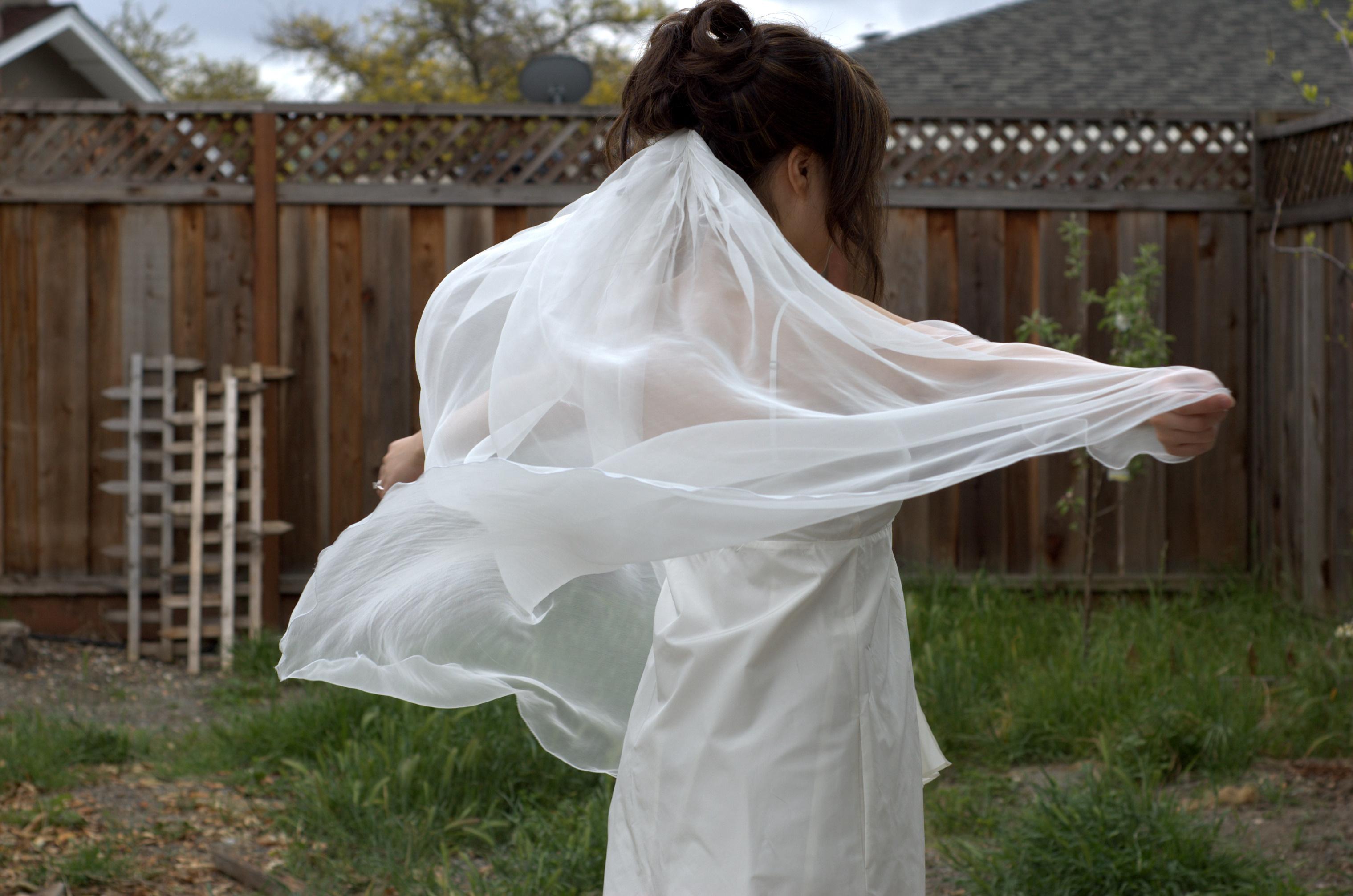 Semi diy wedding veil petite republic for Have wedding dress made