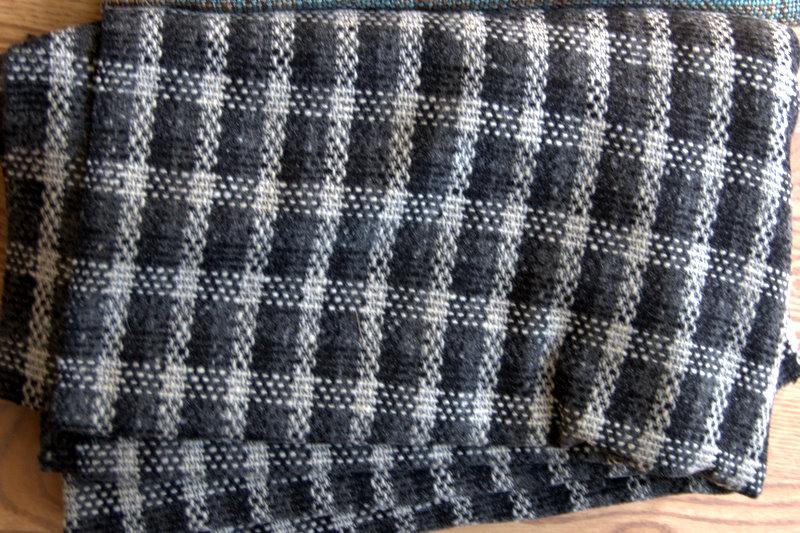 fabric 5 gray/black squares