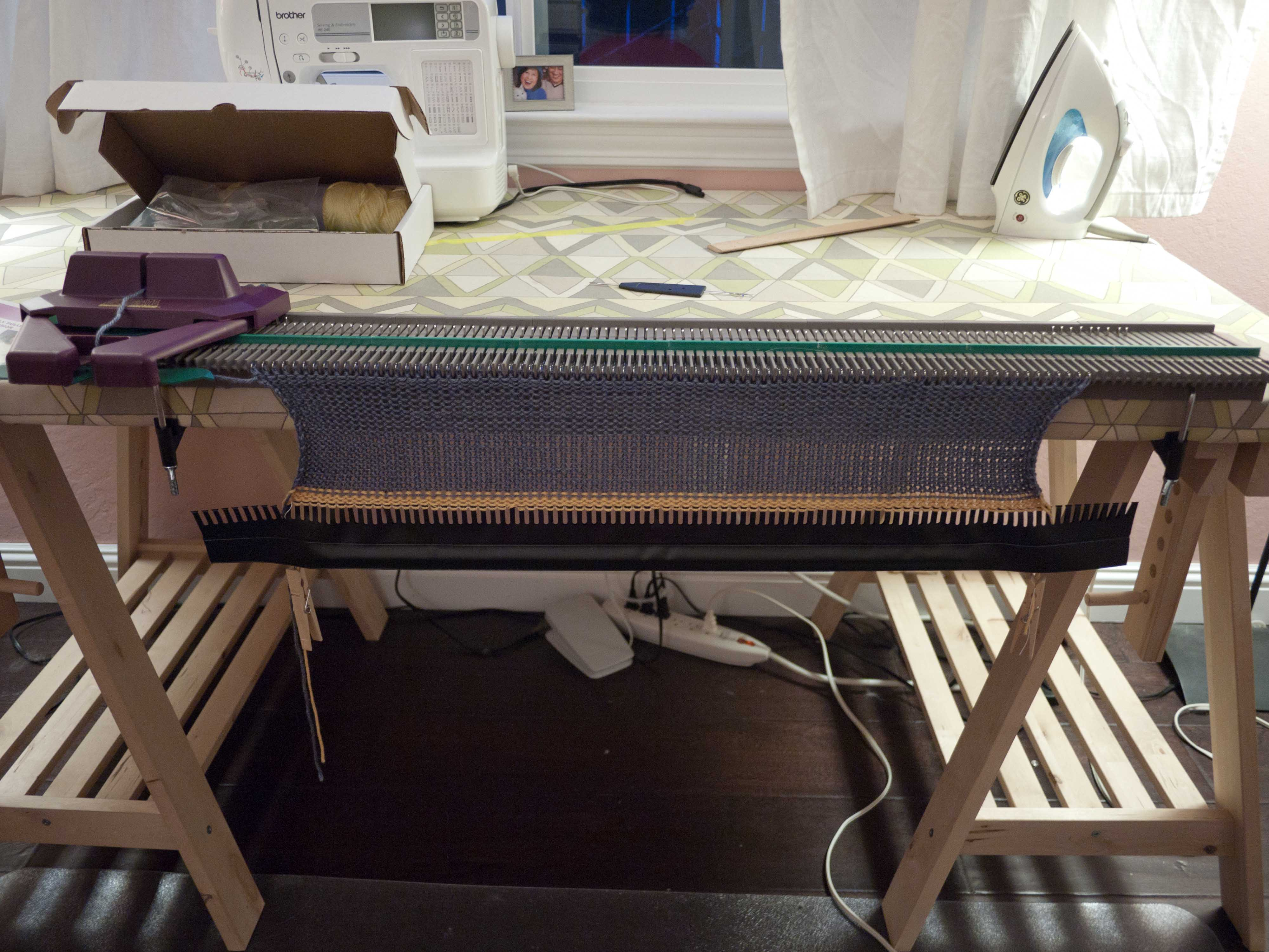 Bond knitting machine pattern petite republic my new toy is a knitting machine i had been looking for one on craigslist for forever one of those nice brother ones for less than a hundred bankloansurffo Image collections